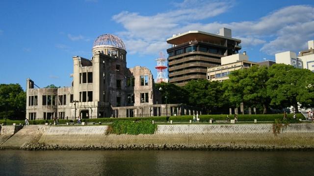 おりづるタワー・原爆ドーム